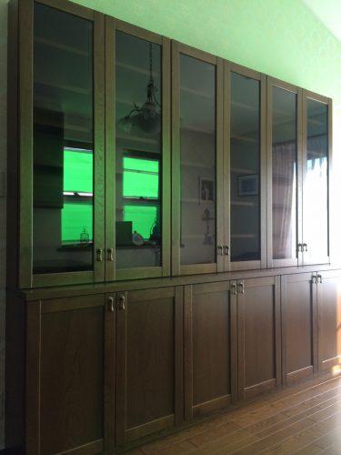 重厚感のあるアンティーク調の本棚|天然木突板塗装(ナラ)|神奈川県・厚木市