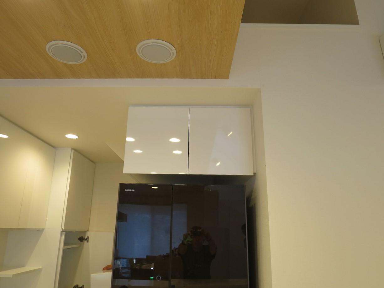 壁面収納と冷蔵庫上吊戸棚の施工の様子やこだわりをご紹介!|東京都・杉並区