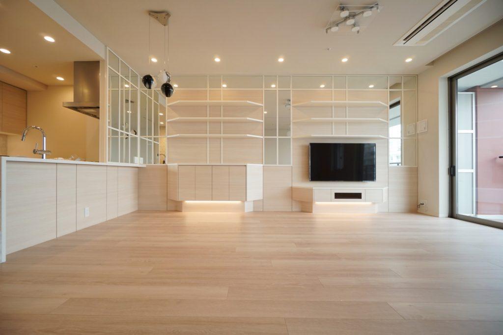 ミラーを使ったオーダー家具の施工事例10選!